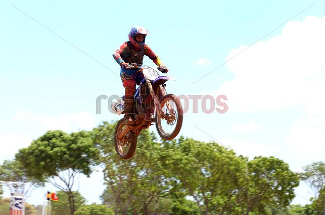 Gajaba super cross, Anuradhapura, Sri Lanka(16) - Read Photos