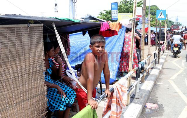 Children in camps (2), Sri Lanka