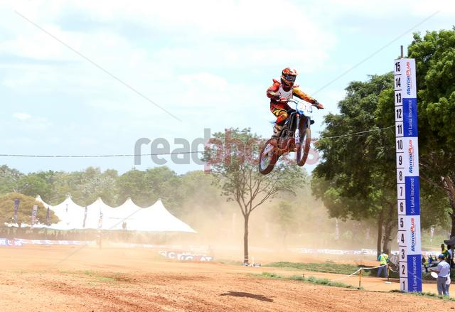 Gajaba super cross, Anuradhapura, Sri Lanka(11) - Read Photos