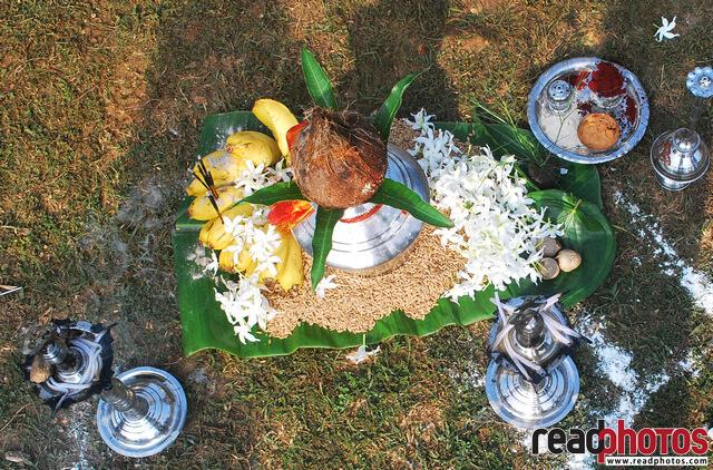 Hindu traditional event, Sri Lanka - Read Photos