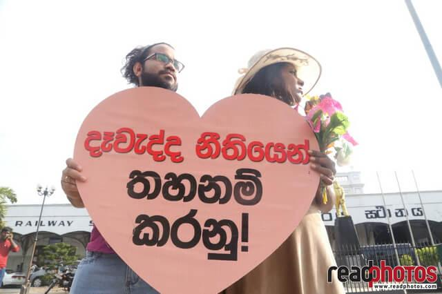 No need of dowry for the love, Protest (1)