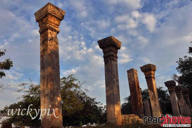 Ancient ruins in Anuradhapura, Sri Lanka  - Read Photos
