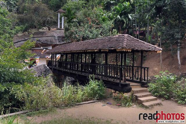 Ancient wood bridge, Sri Lanka - Read Photos