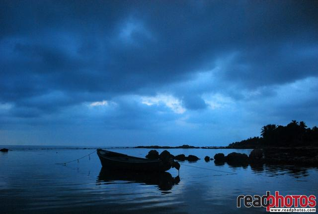 Evening scene, Jaffna, welwatithurei, Sri Lanka - Read Photos