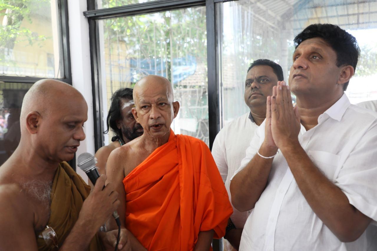 Sajith visits the Bodhirajaramaya - Mattakuliya