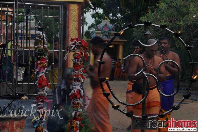 Hindu kovil in Sri Lanka - Read Photos