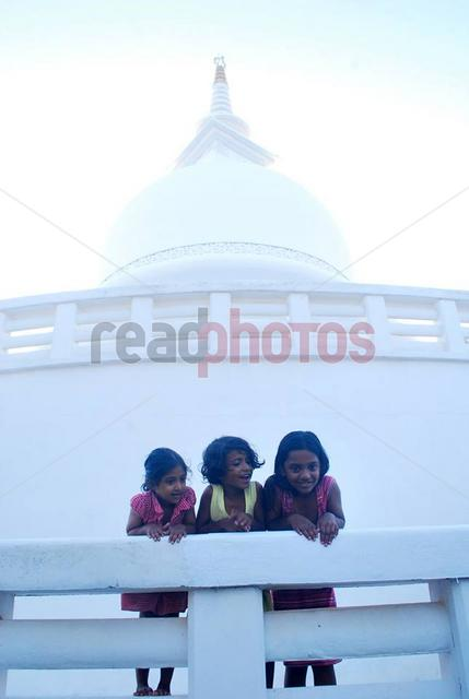 Children, Japan peace pagoda in Sri Lanka