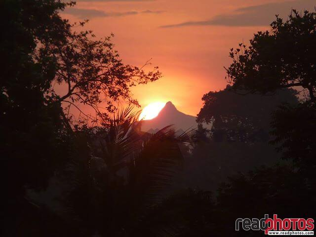 Adams peak, morning view, Sri Lanka - Read Photos