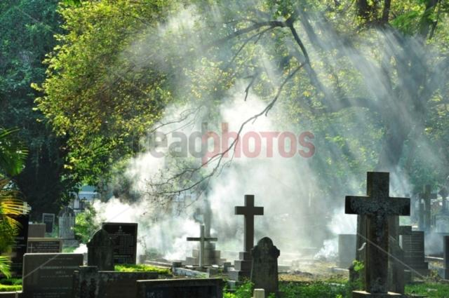 Cemetery, Sri Lanka  - Read Photos