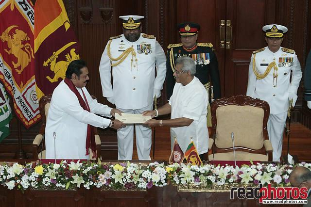 Mahinda Rajapaksa taking oath as new Prime Minister 2019