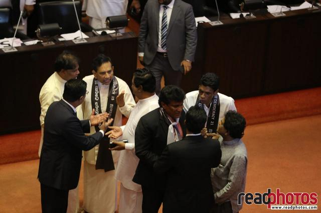 Parliament session November 2018, Sri Lanka (4) - Read Photos