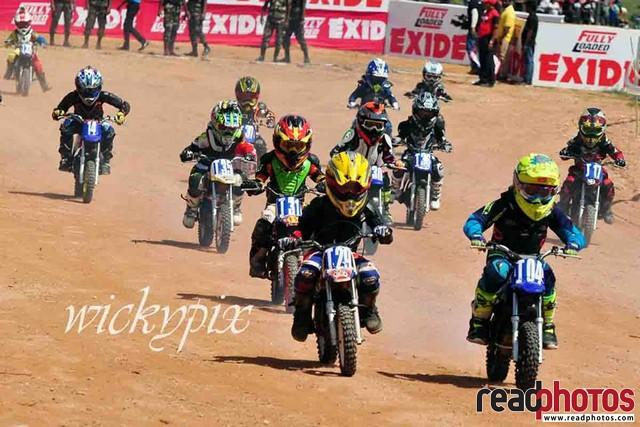 Little riders, Motor cross, Sri Lanka - Read Photos