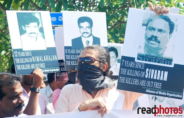 Protest for killing journalist by Alliance of Media Organisation Sri Lanka - Read Photos
