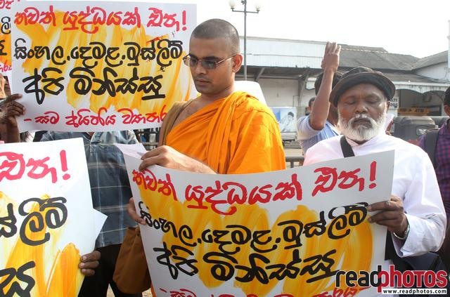Protest for no more wars. Sri Lanka (2) - Read Photos
