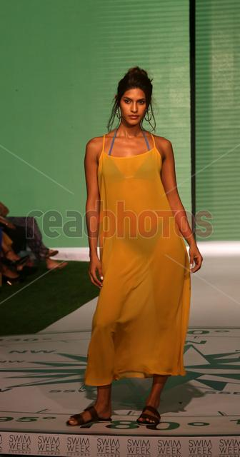 Swim week fashion show (11) - Read Photos
