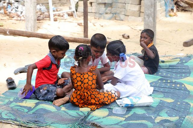 Children in camps, Sri lanka