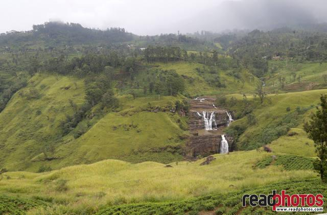 St. Clairs Falls, Thalawakale, Sri Lanka 2