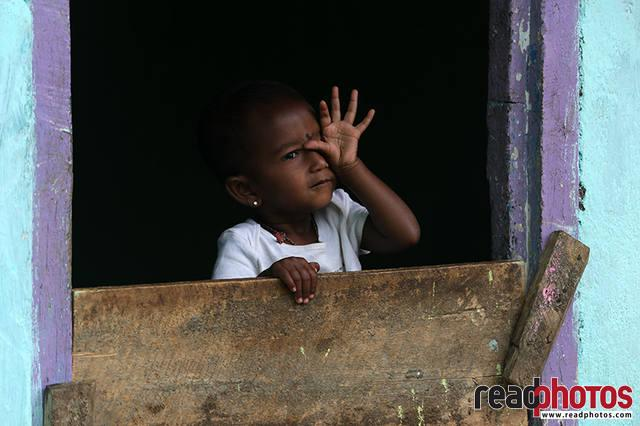 Little girl, Thalawakale, Sri Lanka (2)