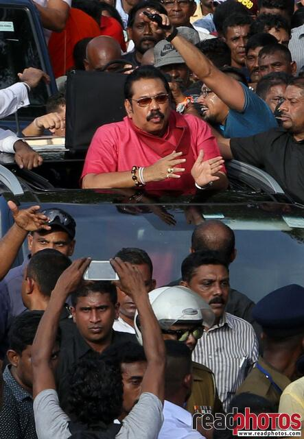 Mahinda Rajapaksha arriving to a protest, Jana balaya, 2018 (1)  - Read Photos
