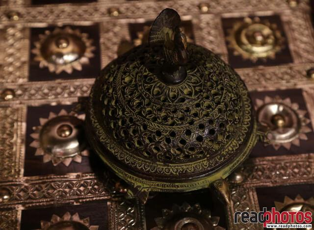 Crafted ornaments, Sri Lanka (2) - Read Photos