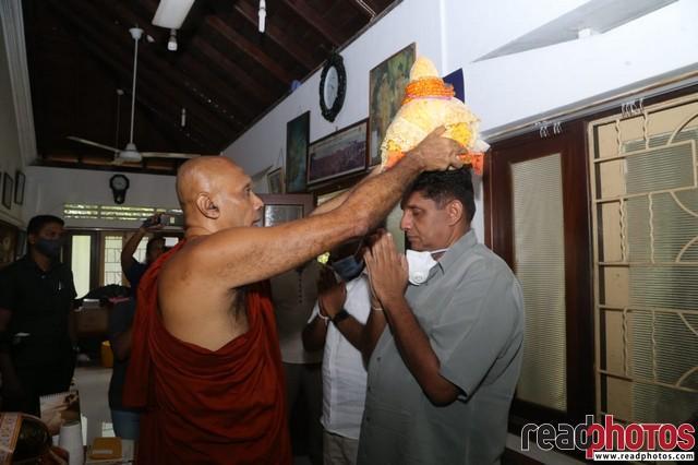 Sajith Premadasa receives religious blessings