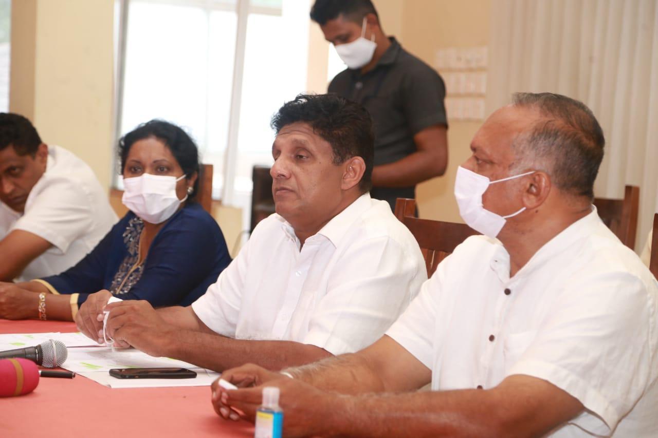 20/12/2020 Sajith Premadasa meeting the farmers at Uva Paranagama