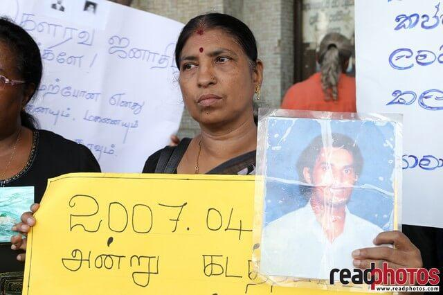 Protest for missing people in Colombo, Sri Lanka (2) - Read Photos