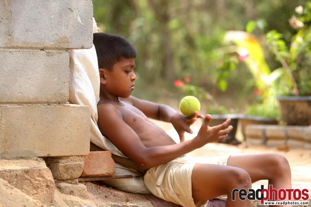 Children in Chilaw (6) - Read Photos