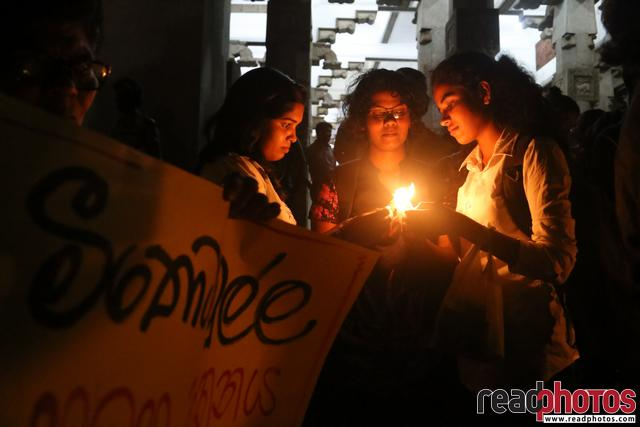 Protest against Meethotamulla litter problem, Sri Lanka (1)