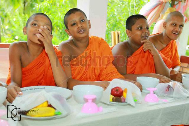 Buddhist little monks in Sri Lanka