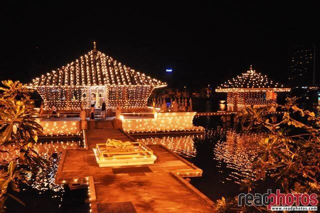 Gangarama temple at night, Colombo, Sri Lanka - Read Photos