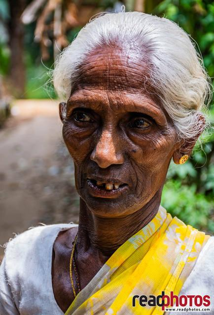 Old lady, Sri Lanka (30