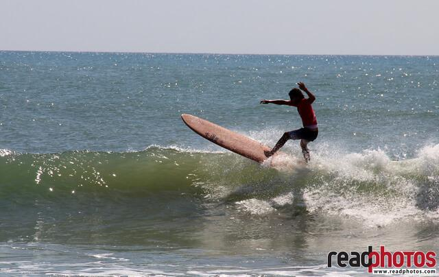 Surfing in Arugambe, capture in Sri Lanka