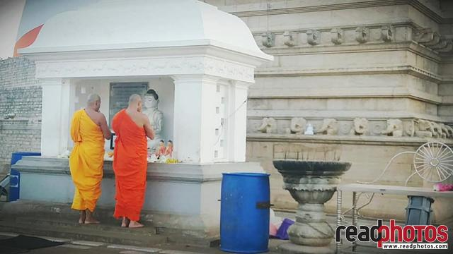 Temple, and monks, mobile capture, Sri Lanka - Read Photos