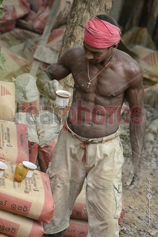labourer  - Read Photos