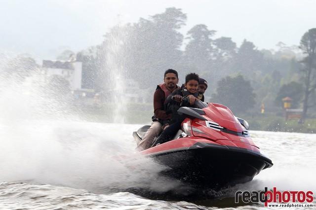 Jetski riders, Nuwara Eliya, Sri Lanka (5) - Read Photos